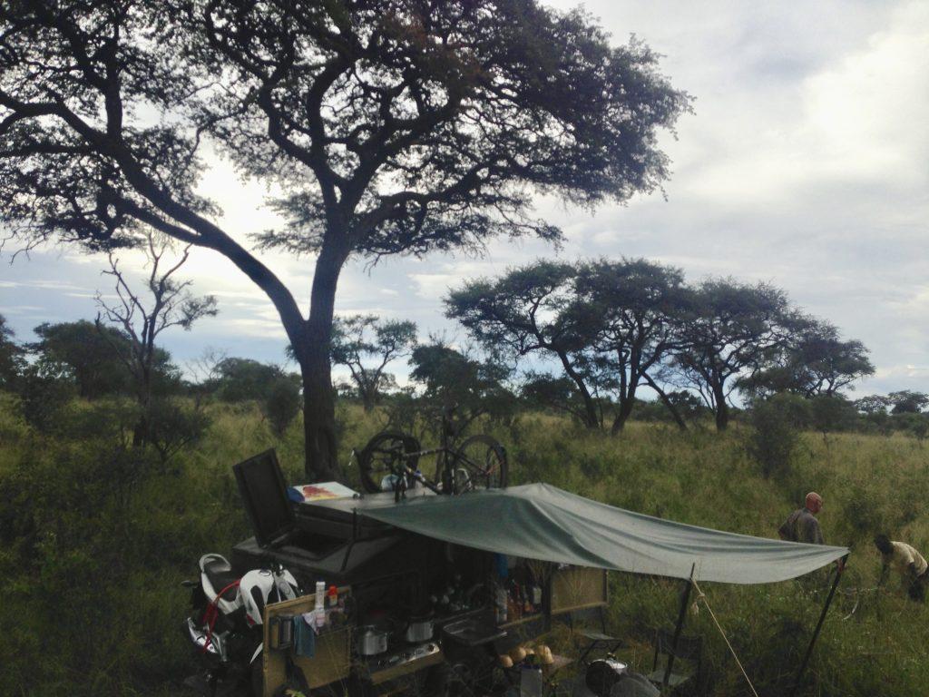 Botswana Bush Camp-El Mundo Safaris